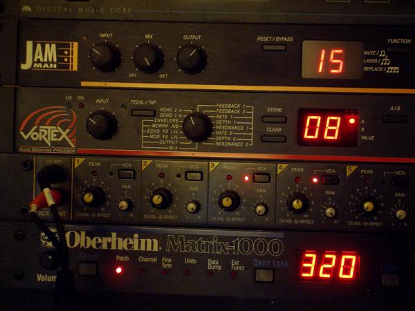 H Studio on Jbl 600 Watt Amp